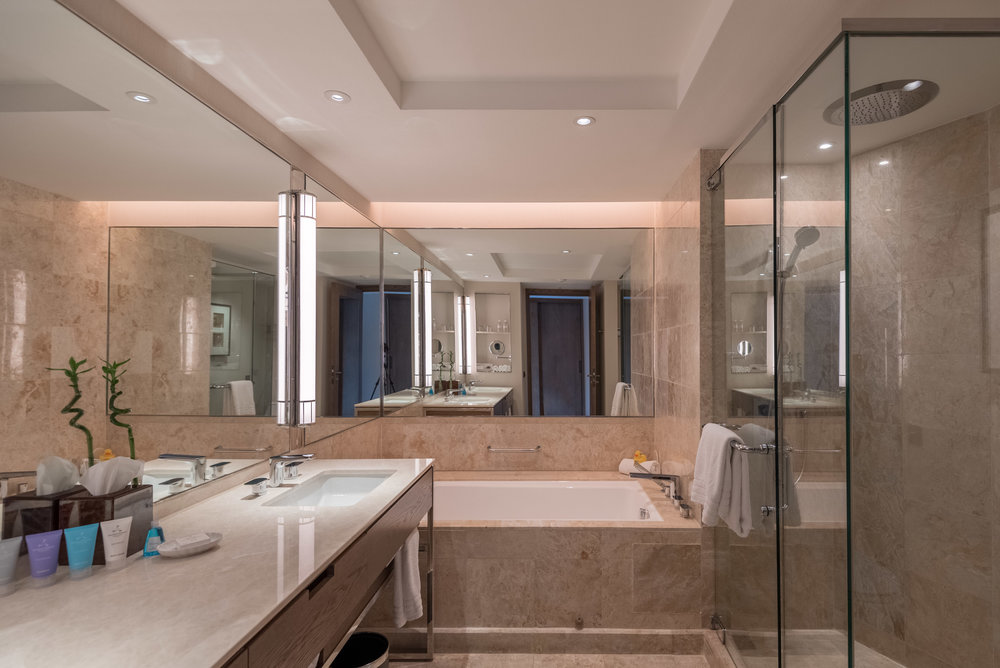Bathroom  Deluxe Room (Refurbished) - Conrad Centennial Singapore
