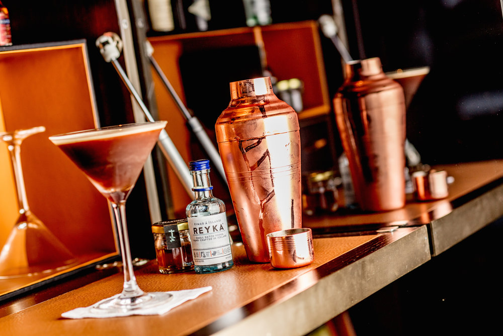 DIY Cocktail Kit | Photo Credit: InterContinental Singapore Robertson Quay