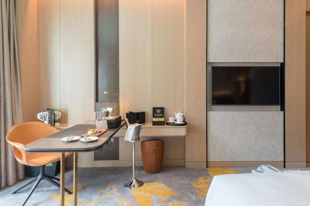 TV and Work Desk  Luxury Room - Sofitel Singapore City Centre