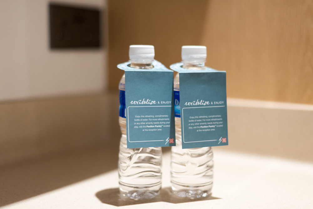 Complimentary Bottled Water King Deluxe Room with Balcony - Hilton Garden Inn Singapore Serangoon