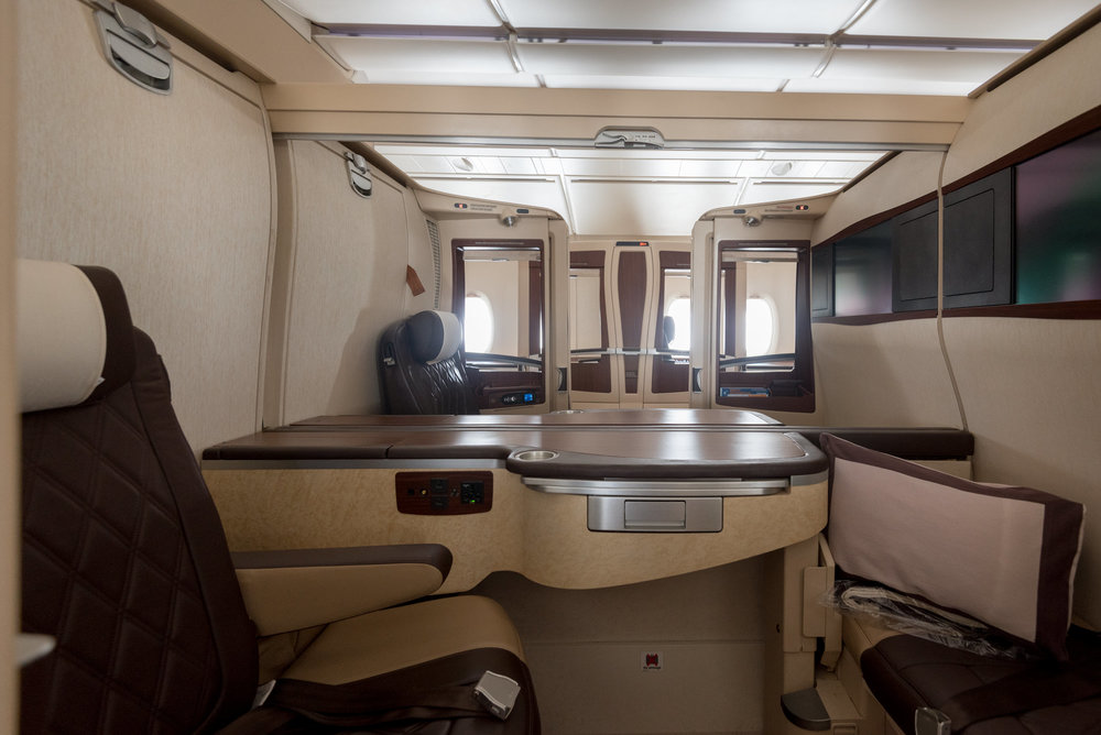 Suites Cabin Singapore Airlines Suites SQ802 A380-800 - SIN to PEK