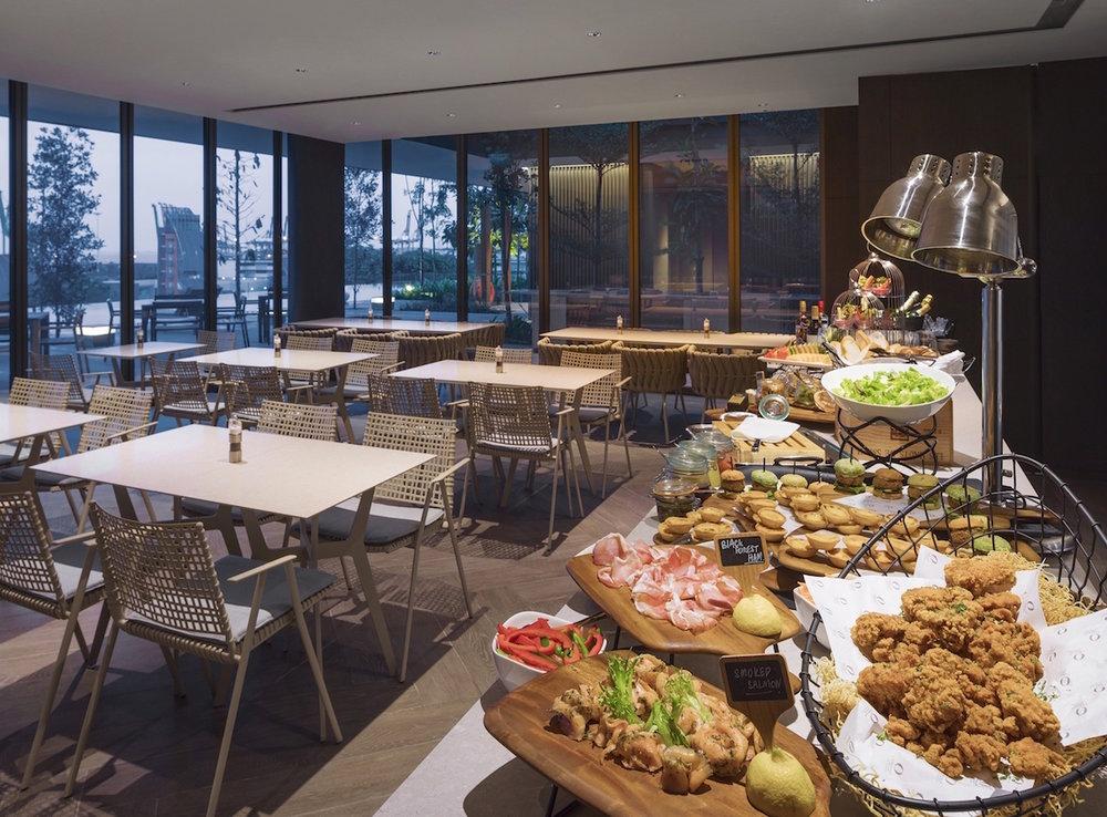 Food at The Oakwood Executive Club | Photo Credit: Oakwood Premier OUE Singapore
