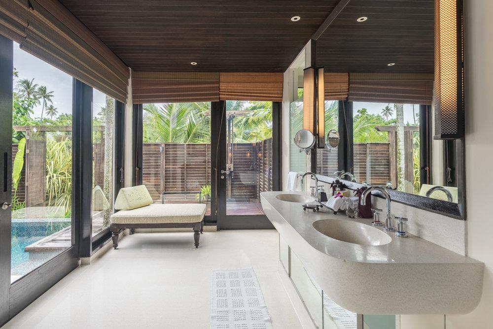 Bathroom  Lagoon Pool Villa -Anantara Mai Khao Phuket Villas