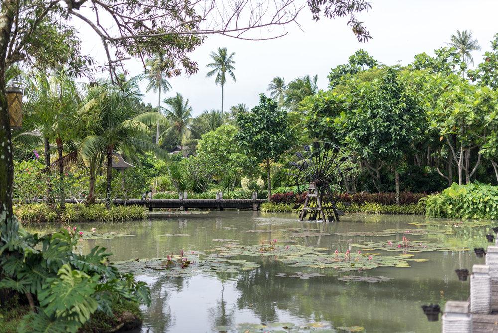 Tropical Lagoon  Anantara Mai Khao Phuket Villas