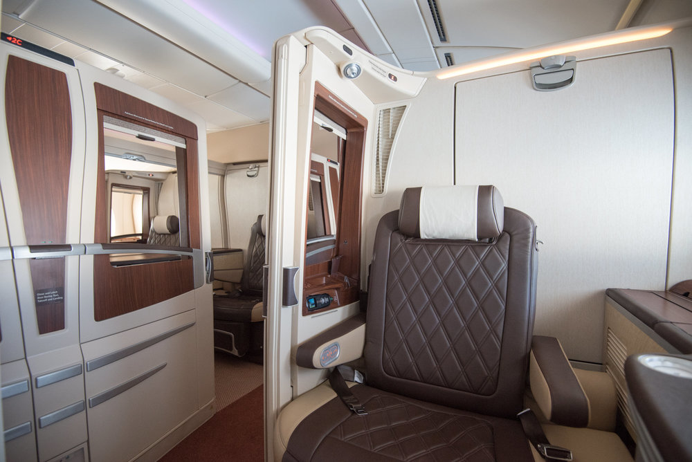 Singapore Airlines Suites - SQ802 (SIN-PEK)