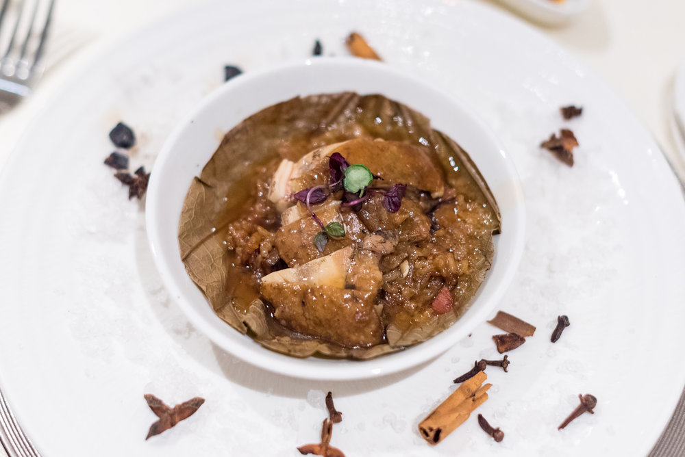 Glutinous Rice, Boneless Chicken in Lotus Leaf  Man Fu Yuan - InterContinental Singapore