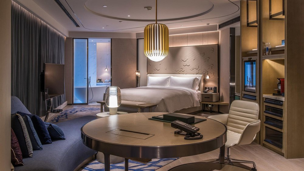 intercontinental-beijing-sanlitun-superior-suite-room.jpg
