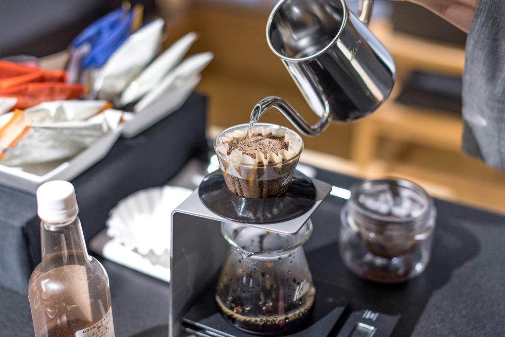 Coffee in the Morning  Ochanoma Lounge - HOSHINOYA Tokyo