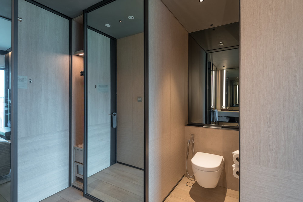 Wardrobe and Toilet  Club Riverview Studio King - InterContinental Singapore Robertson Quay