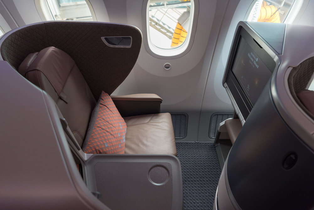 Narrow Entry Point  New Regional Business Class (2018) - Singapore Airlines