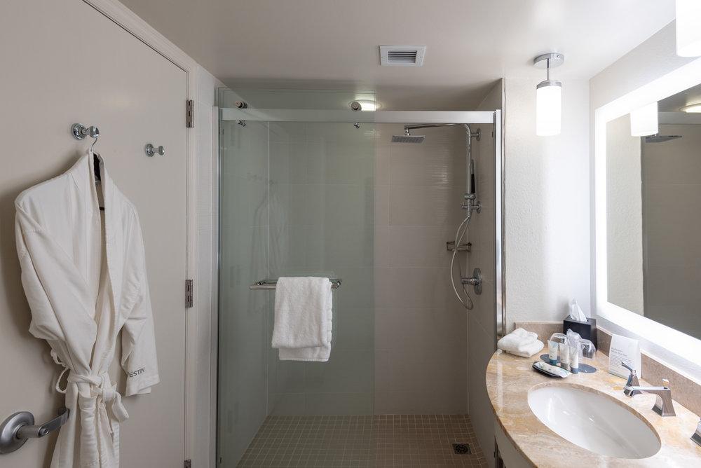 Bathroom  Waterview Room - The Westin Tampa Waterside