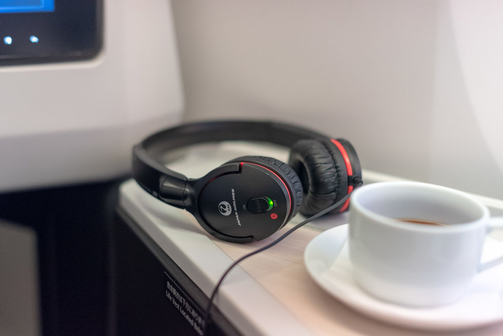 Business Class Headphones  Japan Airlines Business Class JL724 - KUL to NRT