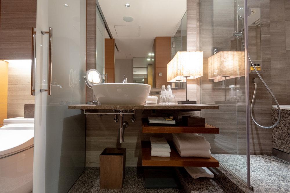 Bathroom  Regency Club Room - Hyatt Regency Tokyo