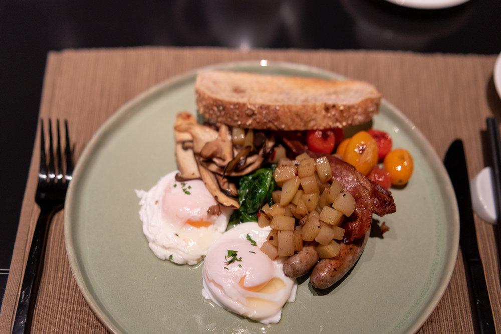 Breakfast  Yellow Pot -Six Senses Duxton