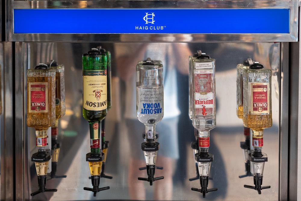 Free-flowing Alcohol in the Evening  Le Meridien Club Lounge - Le Meridien Kuala Lumpur