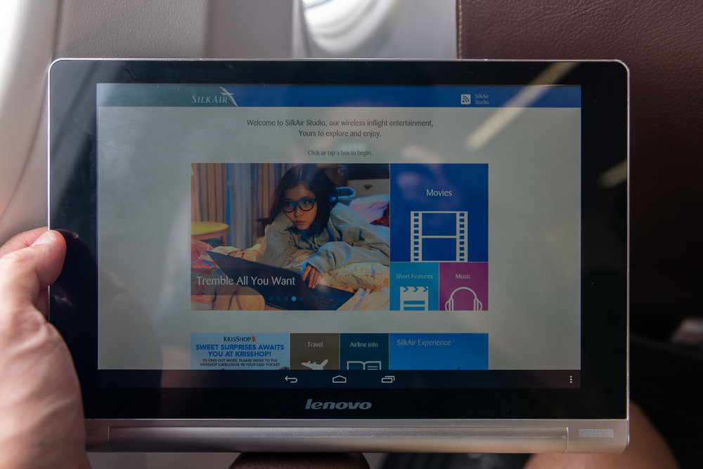 Tablet for Business Class Passengers  SilkAir Business Class MI615 737-800 - REP to SIN