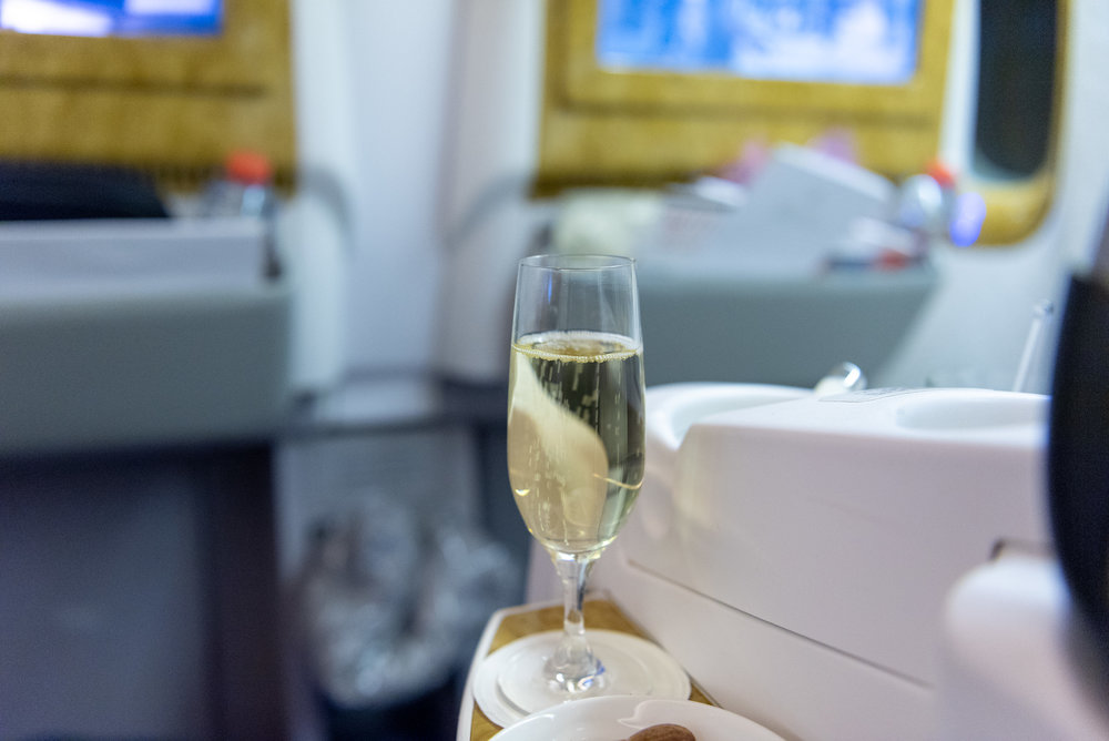 Champagne  Emirates EK352 Business Class 777-300ER - DXB to SIN