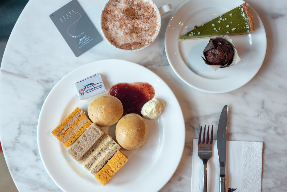 Afternoon Tea and Coffee  Executive Lounge - JW Marriott Hotel Singapore South Beach