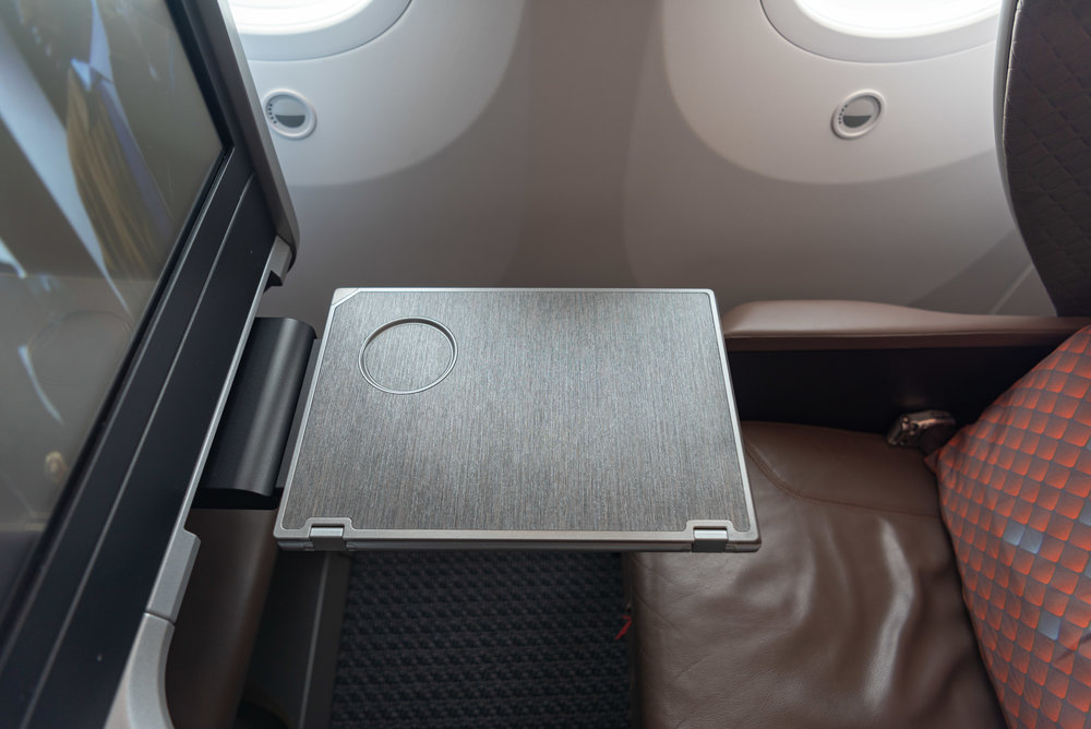 Foldable Table  Singapore Airlines Business Class SQ942 787-10 - SIN to DPS