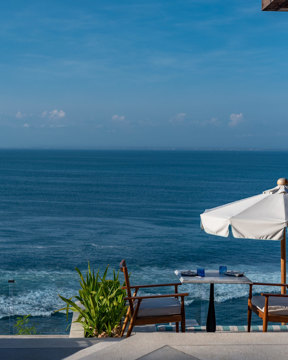 Unbeatable View of the Ocean  Ulu Cliffhouse - Uluwatu, Bali