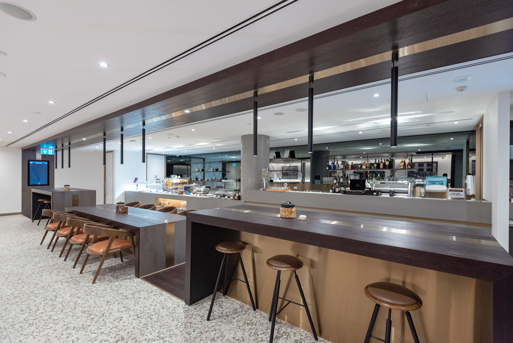Communal Tables  American Express Lounge - Melbourne Airport
