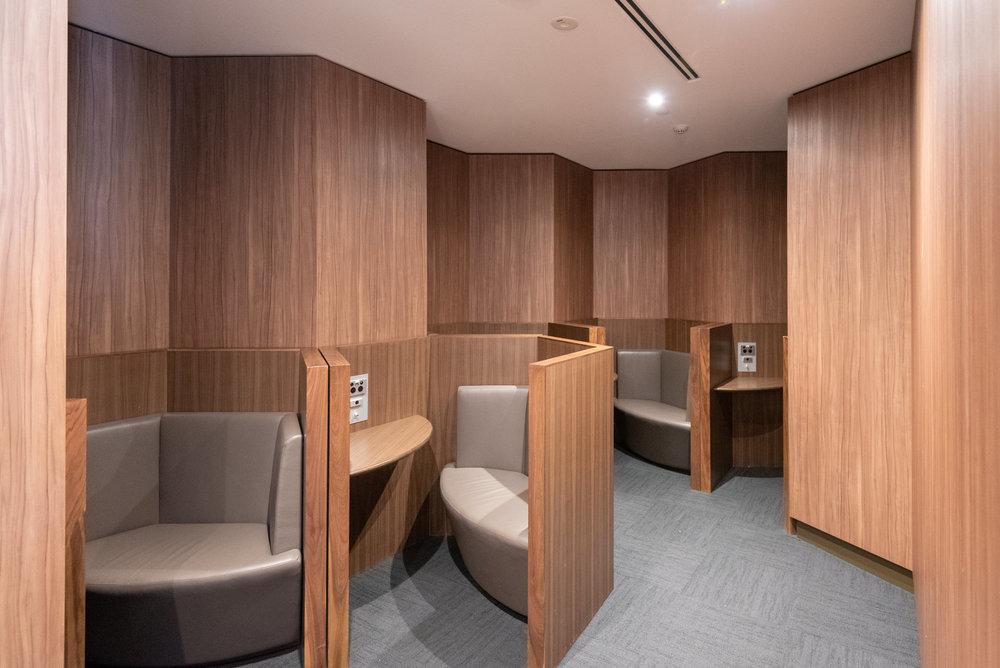 Awkward Quiet Area  Plaza Premium Lounge - Melbourne Airport (MEL)