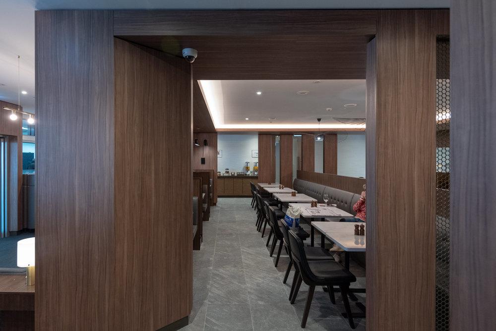 Dining Room  Plaza Premium Lounge - Melbourne Airport (MEL)