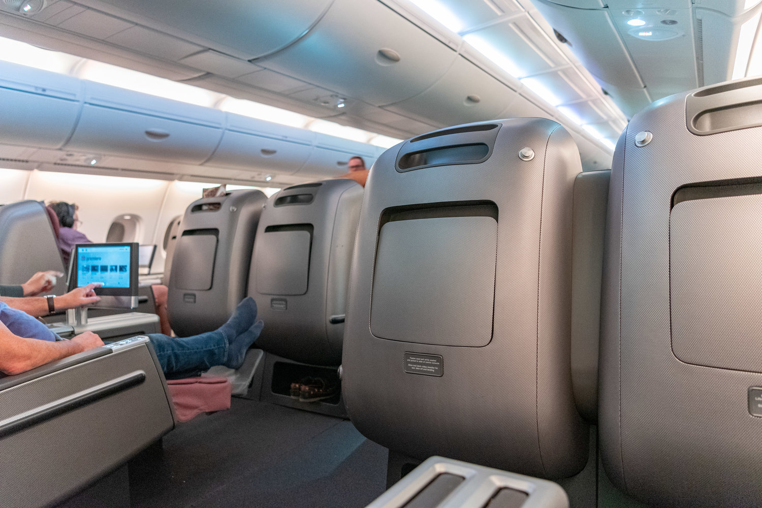 Trip Report: Qantas Business Class QF36 A380-800 - SIN to