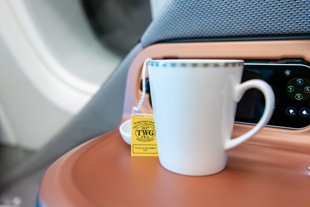 Vanilla Bourbon Tea  Singapore Airlines Business Class SQ833 A380-800 - PVG to SIN