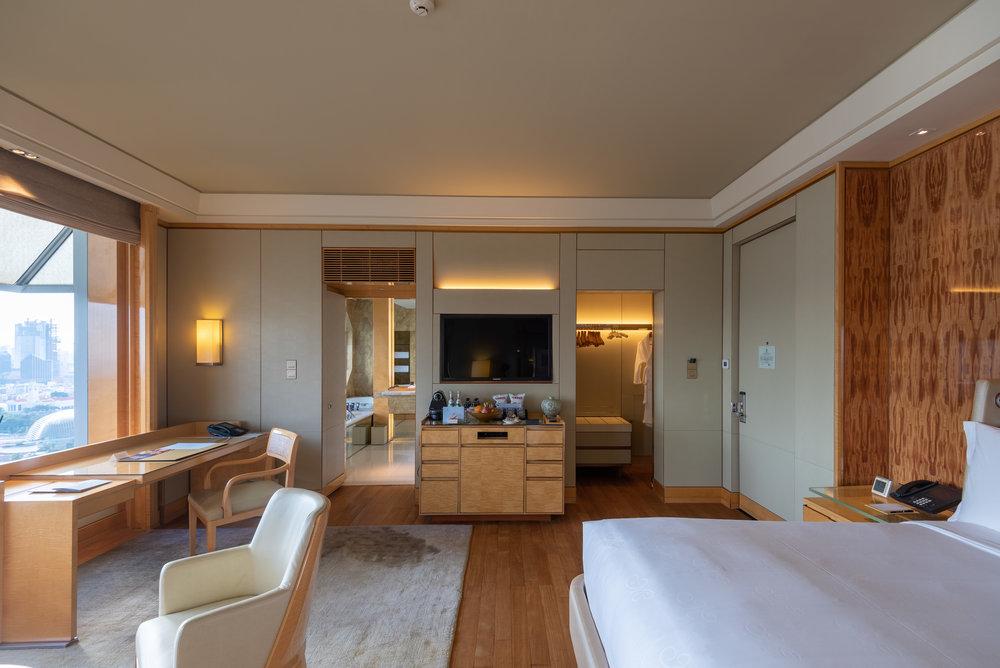 Walk-in Wardrobe and Bathroom  Club Deluxe Marina Room - The Ritz-Carlton, Millenia Singapore