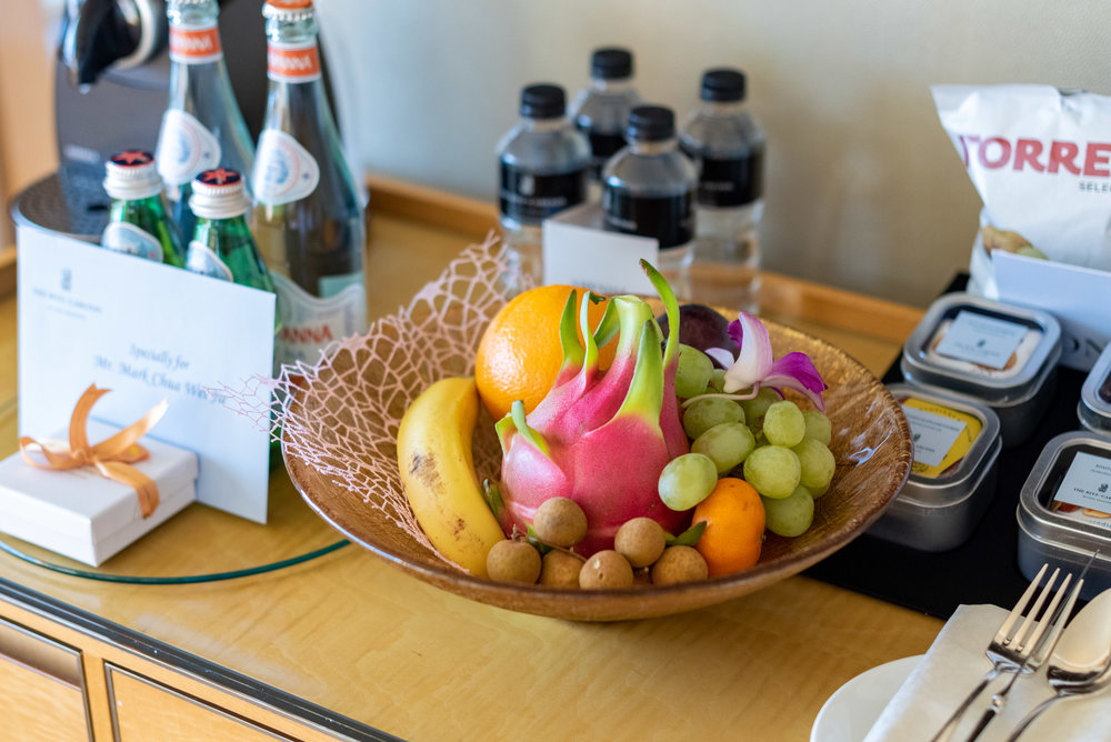 Welcome Amenities  Club Deluxe Marina Room - The Ritz-Carlton, Millenia Singapore