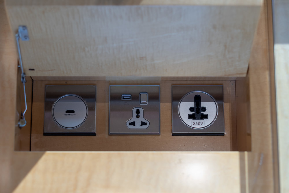 Universal Power Outlet  Club Deluxe Marina Room - The Ritz-Carlton, Millenia Singapore