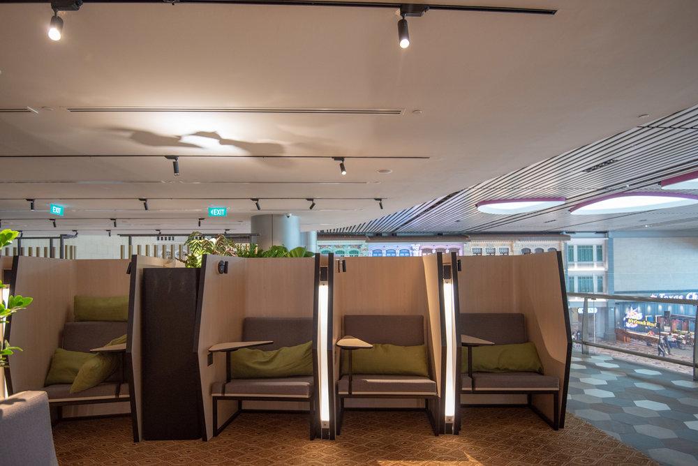 Semi-Private Seats  Blossom – SATS & Plaza Premium Lounge (Singapore Changi Airport Terminal 4)