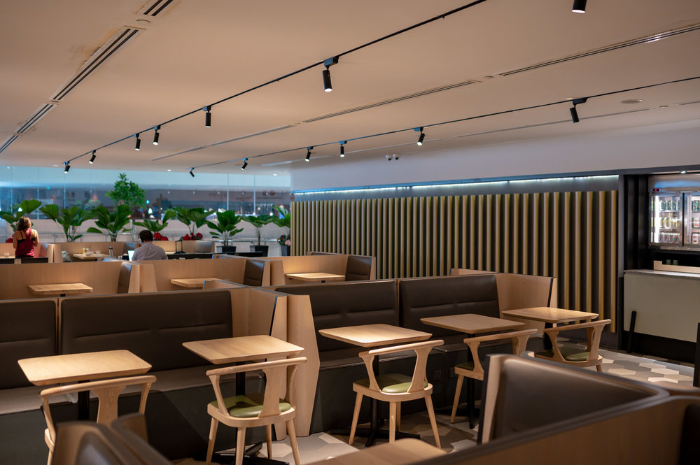 Dining Area  Blossom – SATS & Plaza Premium Lounge (Singapore Changi Airport Terminal 4)