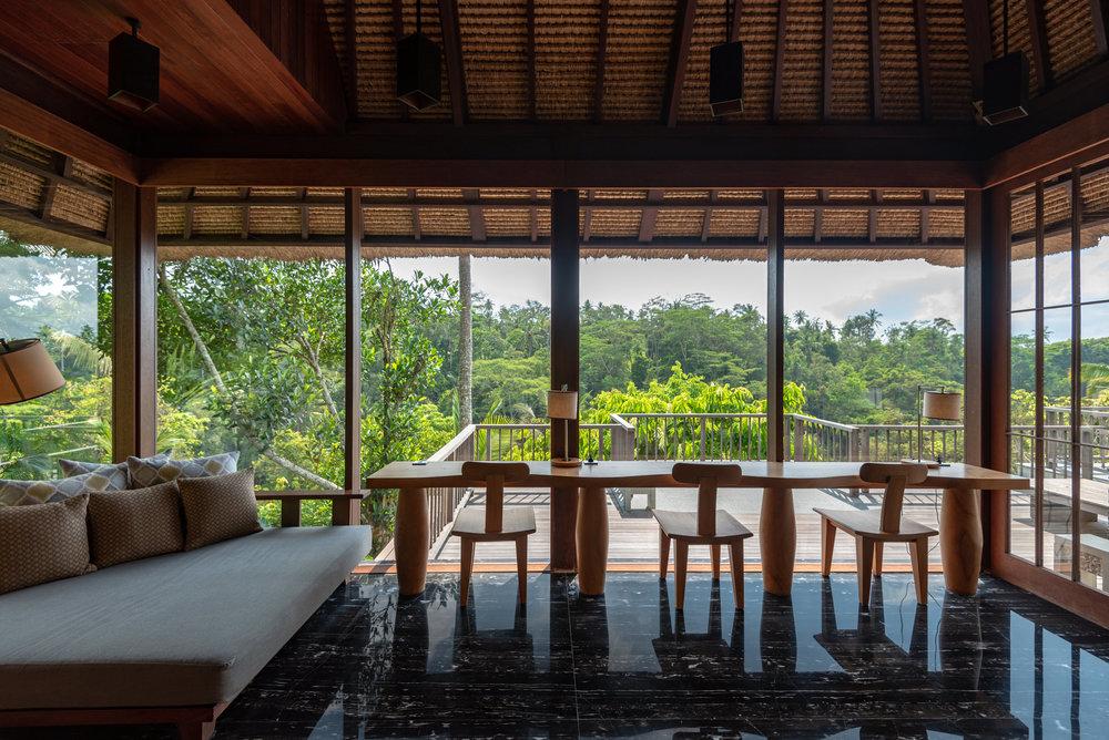 Study  HOSHINOYA Bali