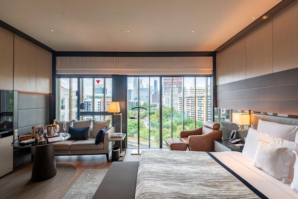 Bedroom  Quayside Corner Suite - InterContinental Singapore Robertson Quay