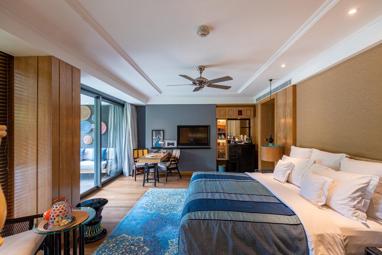 Hotel Review Hotel Indigo Bali Seminyak Beach Perada Suite Luxurious Hotel And Walking Distance To Seminyak Restaurants The Shutterwhale