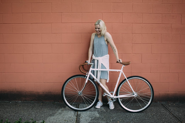 Lochside Cycles Fashion Blogger Kristen_Marie.jpg