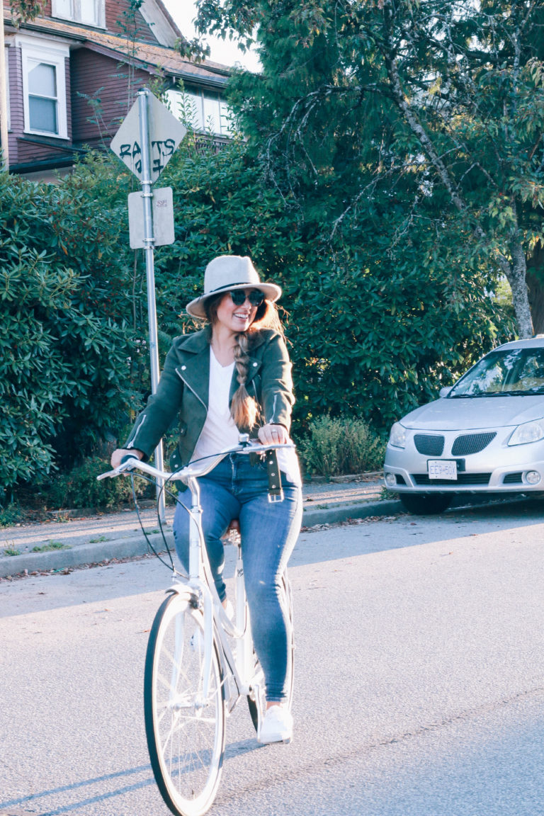 Alicia Fashonista x Lochside Cycles Uptown Cruiser City Bike 04.jpg