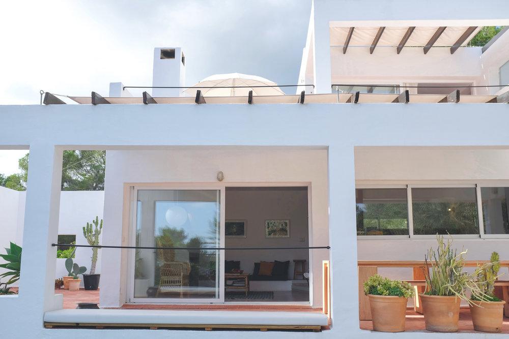 Villa Schillinger -           a mid-century modern Ibiza escape