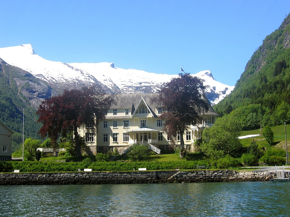 Mundal, Fjærland