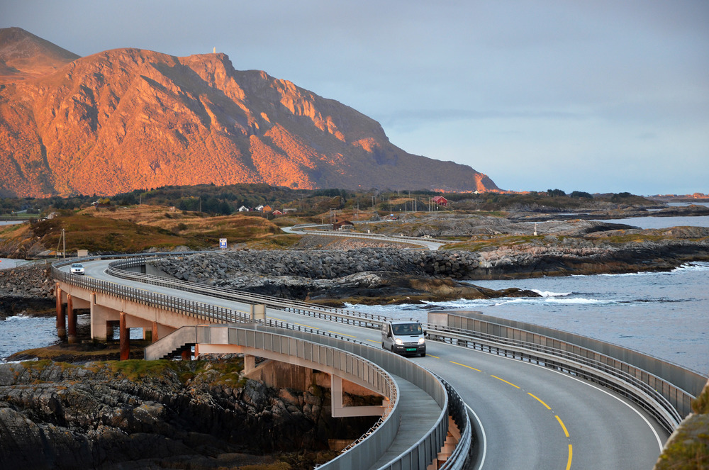 Atlantic Road - Atlanterhavsvegen, October 5th. Photo by Grete Kongshaug, Statens Vegvesen.