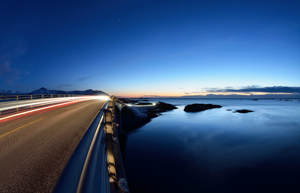 Atlantic Road - Atlanterhavsvegen, March 30th. Photo by Kjetil Schjolberg, Statens Vegvesen.