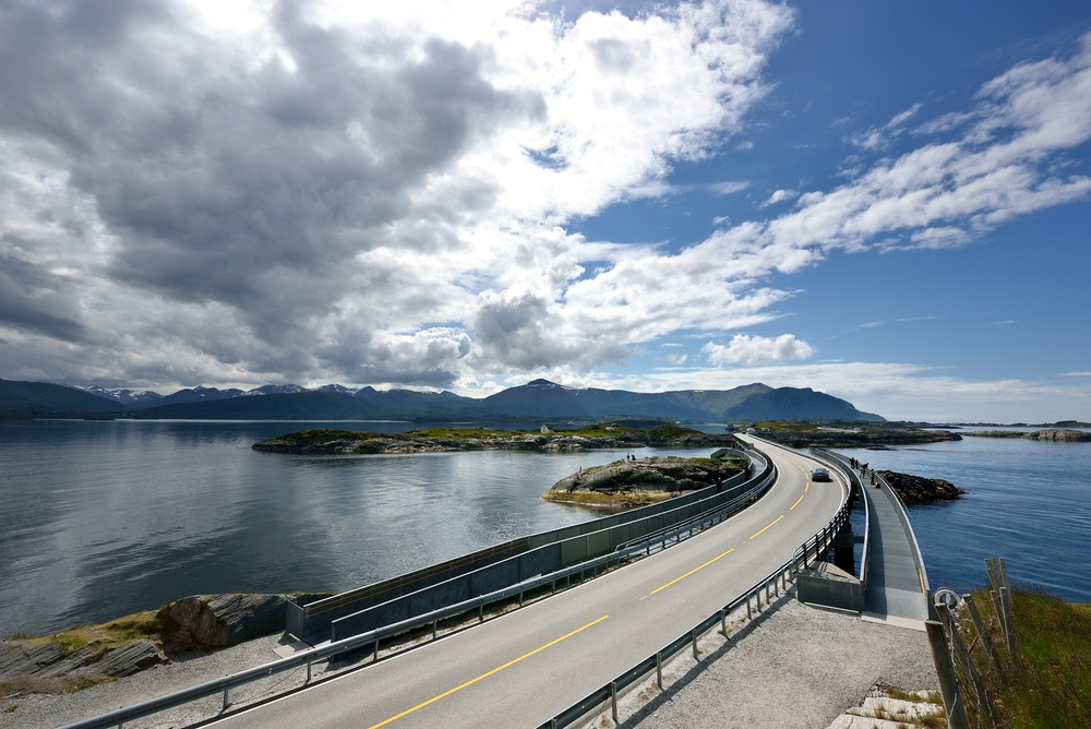 Atlantic Road - Atlanterhavsvegen, June 17th. Photo by Jarle Wæhler, Statens Vegvesen.