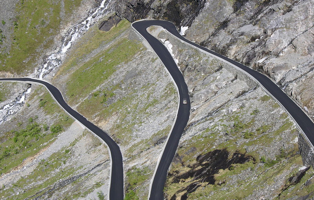 Trollstigen , June 1st. Photo by Werner Harstad / Statens Vegvesen.