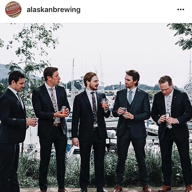 Finally, @fisalpine can't interfere with all the overwhelming sponsorships inquiries I've been getting from @alaskanbrewing over the years. So happy to work with a company that is comfortable working together before beginning contract negotiations 😉😂. #iknowcharlesreposteditfirst #2ndplacerepost #freelancemodel #handmodel #bluesteel #magnam #americandream #oppositedayad