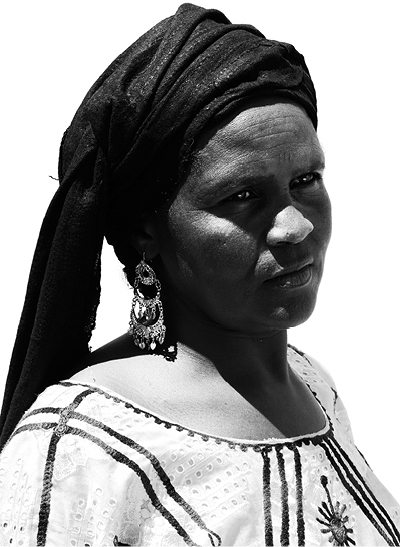 FATIMA BOUTALI said MALNASH Embroiderer, BURKINA FASO