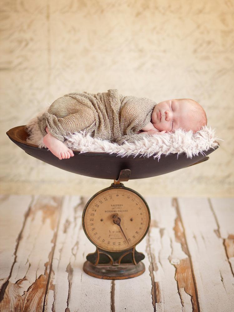Newborn sleeping limerick