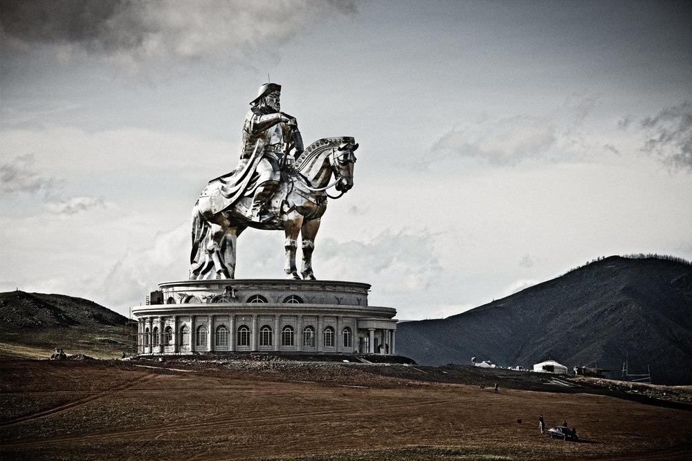 Chinggis Statue.jpg