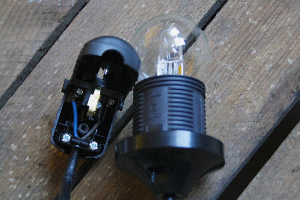 Stap 2: Controleer of je lampje het doet.